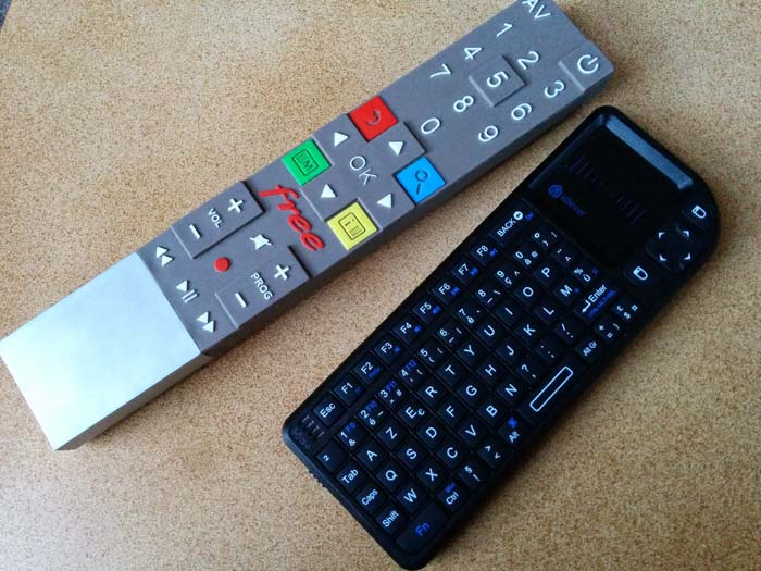 Télécommande Freebox mini-clavier